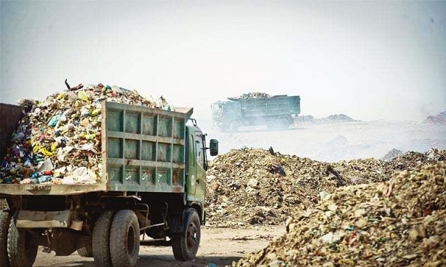 China, garbage, Karachi, garbage lifting