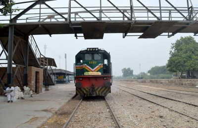 Pakistan Railways, overtime, employees