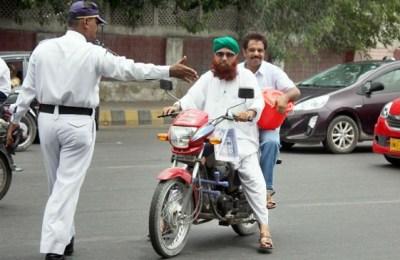 Bike helmet, Shahrah e Faisal, Karachi, Karachi helmet