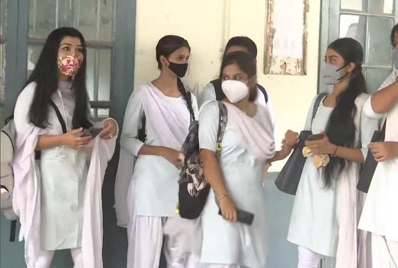 Indian schools Covid, Covid-19, Pakistan