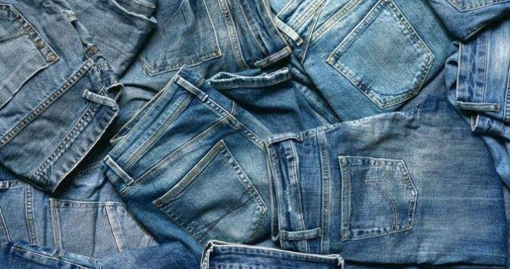 हल्द्वानी: (गजब का चोर)-दुकान का ताला तोड़ चुराये कपड़े, फुटपाथ पर अपनी दुकान लगाकर बेच दिये…