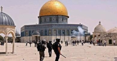 الجيش الإسرائيلي يقتحم باحات المسجد الأقصى من جديد