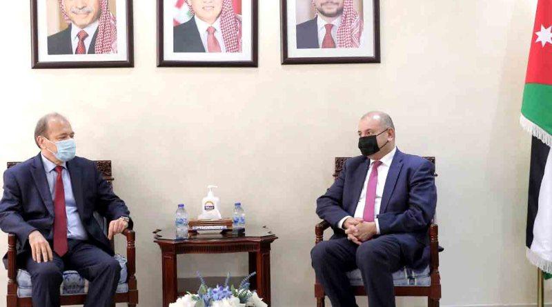 رئيس مجلس النواب الأردني يستقبل السفير السوري لبحث القضايا المشتركة