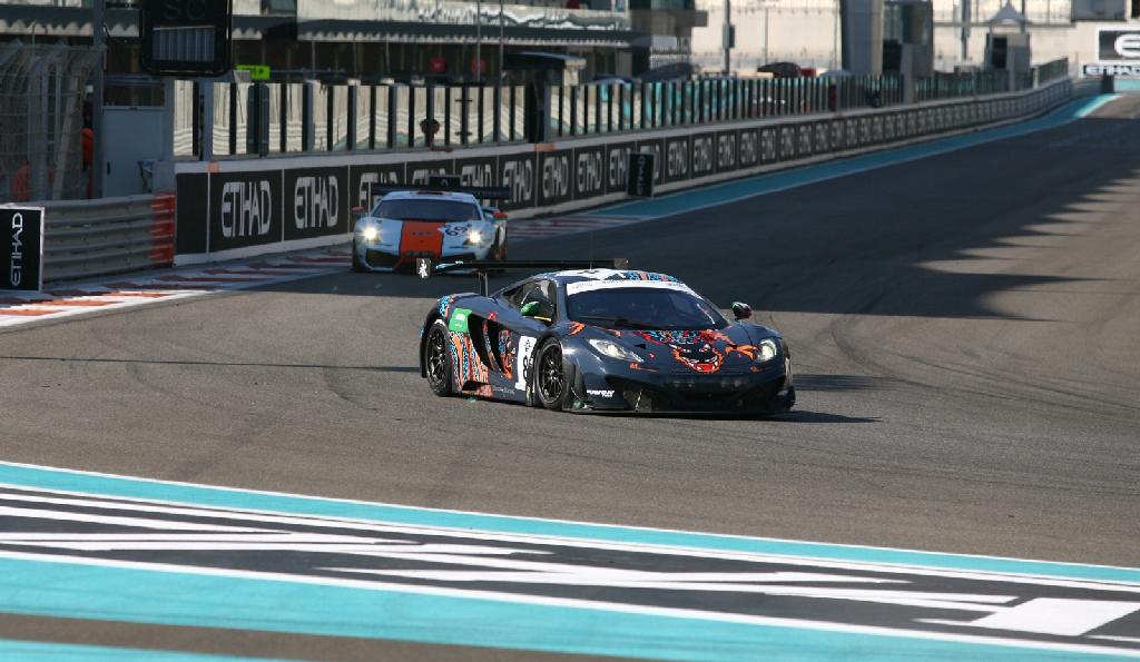 Gulf 12H McLaren GT3 2013-45