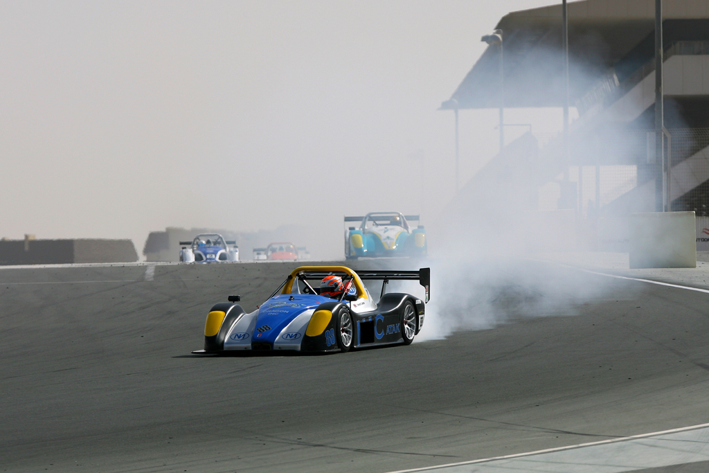 Radical SR3 UAE -2010-11-12-8