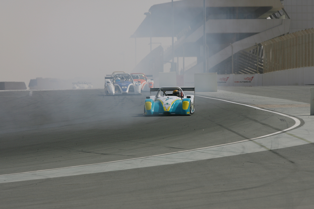 Radical SR3 UAE -2010-11-12-9