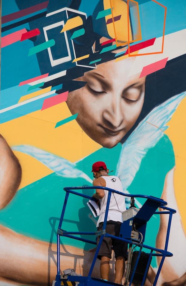 Street Night Art Artist - Gary Yong
