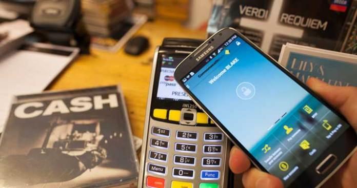 Pay Dubai Taxi Fare via Samsung, Apple apps
