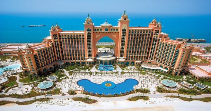 Indian NRI Can get Visa Upon Arrival in UAE - Promoting Tourism
