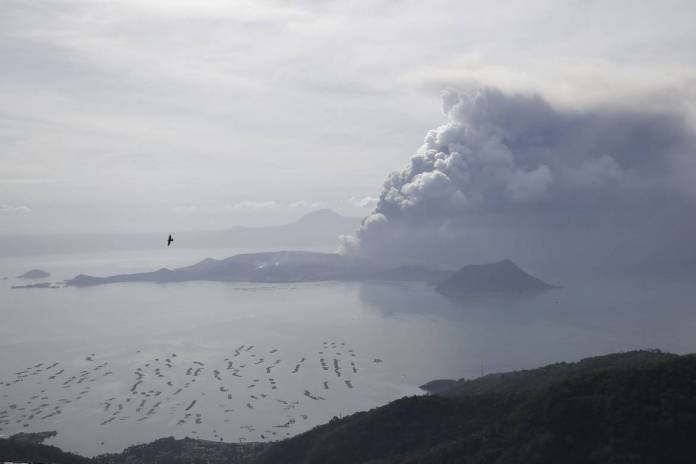 taal volcano images live philippines photos
