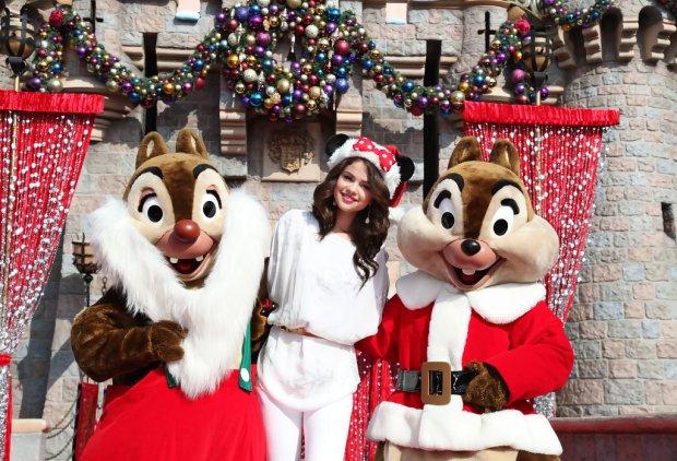 Selena Gomez Celebrating Christmas Eve-0