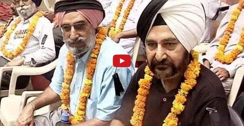 Retired Defence Personnel Protesting Over One Rank One Pension On Relay Hunger Strike