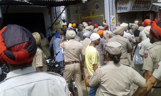 Police Desists Sikhs Holding March Planned from Ajnala to Akal Takht in Support of Bapu Surat Singh Khalsa 7