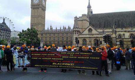 Sikhs locked off London outside parliament 12