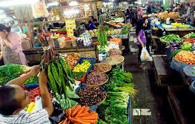 Topeng Dan Tanda Sentuhan Indonesia Bertujuan Menjaga Pasar Tradisional Tetap Hidup
