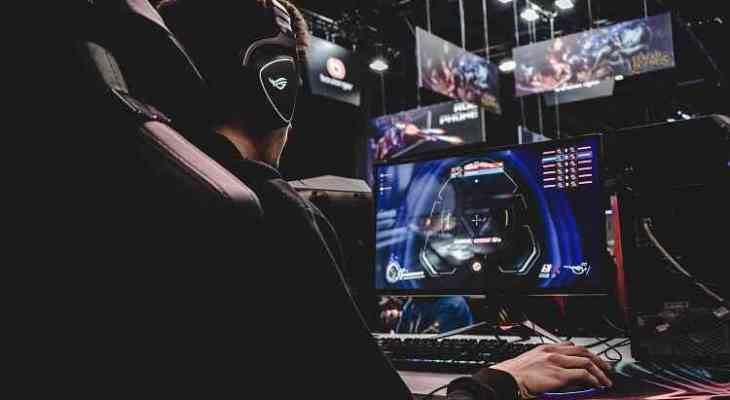 cara mendapatkan uang dari streaming game