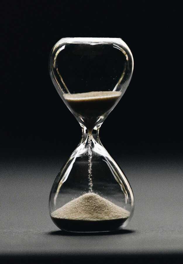 waktu berlalu untuk cara memperpanjang masa aktif telkomsel