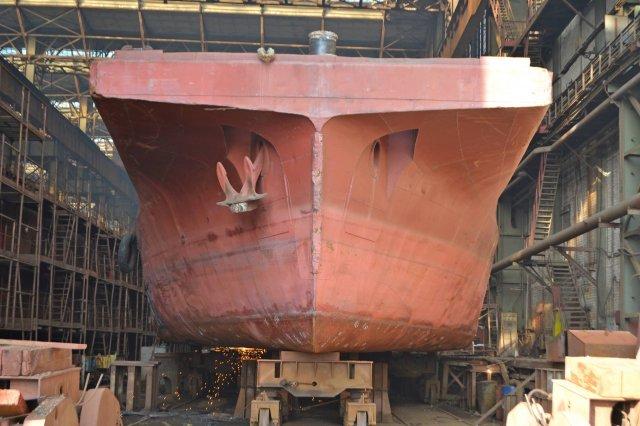 Сразу несколько судов под украинским флагом пришли в ремонт на Херсонскую верфь СМГ