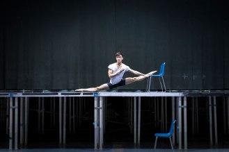 Modern-Creative-Selfie-Ballet-Dancer-Masters-Technics-of-Taking-Self-Portraits4__880
