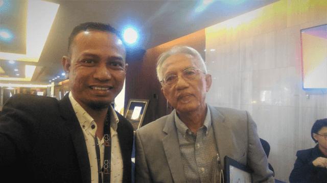 Datuk A Kadir Jasin bersama Khir Khalid di Malaysia PR Summit 2019
