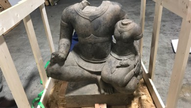 Photo of Looted Cambodian Statue Recovered in California