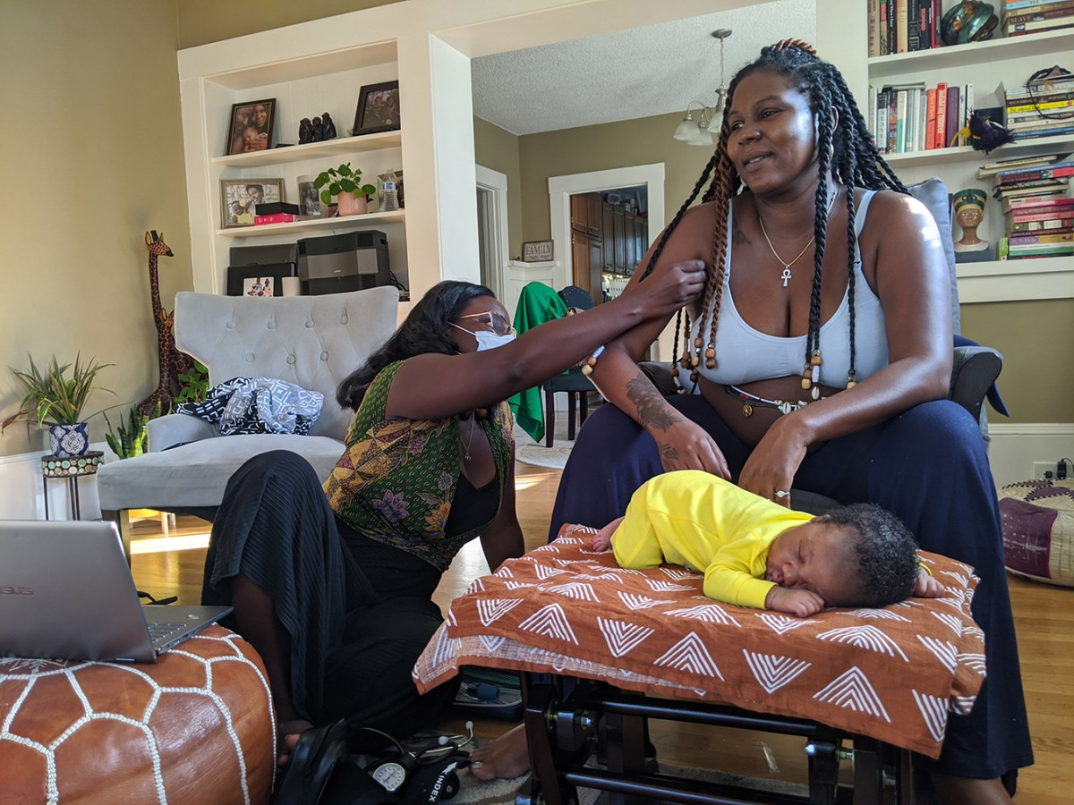 Black Women Turn to Midwives to Avoid COVID and 'Feel Cared For'