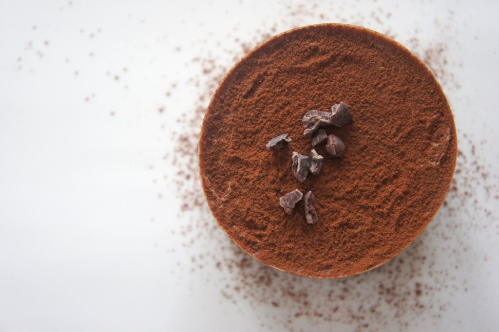Cocoa powder with cacao nibs