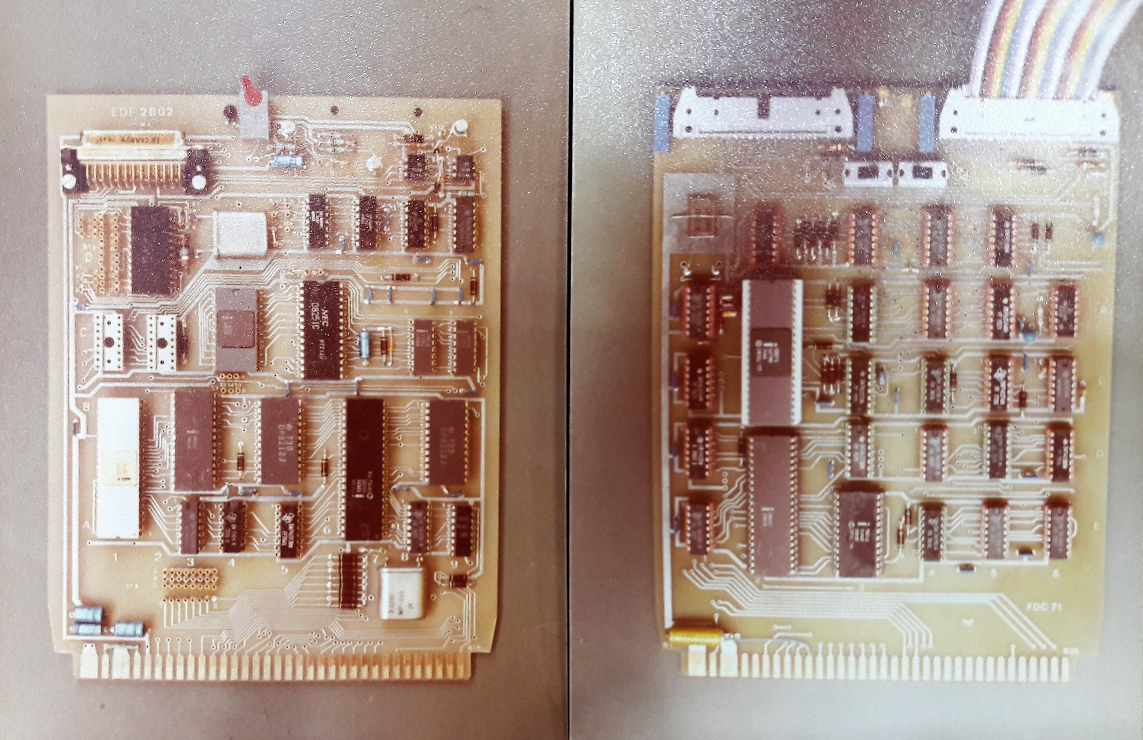 2 trong số những mạch in (PCB: Printed Circuit Board) được chế tạo để dùng trong máy vi tính VT81 do Việt Nam sản xuất năm 1979.
