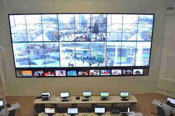 Türkiye'de bir MOBESE kontrol odası.
