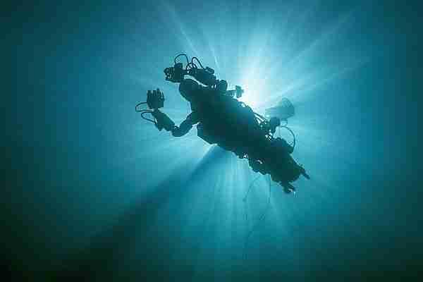 Robot-dalgıç-oceanone-ocean_one-robot_dalgıç