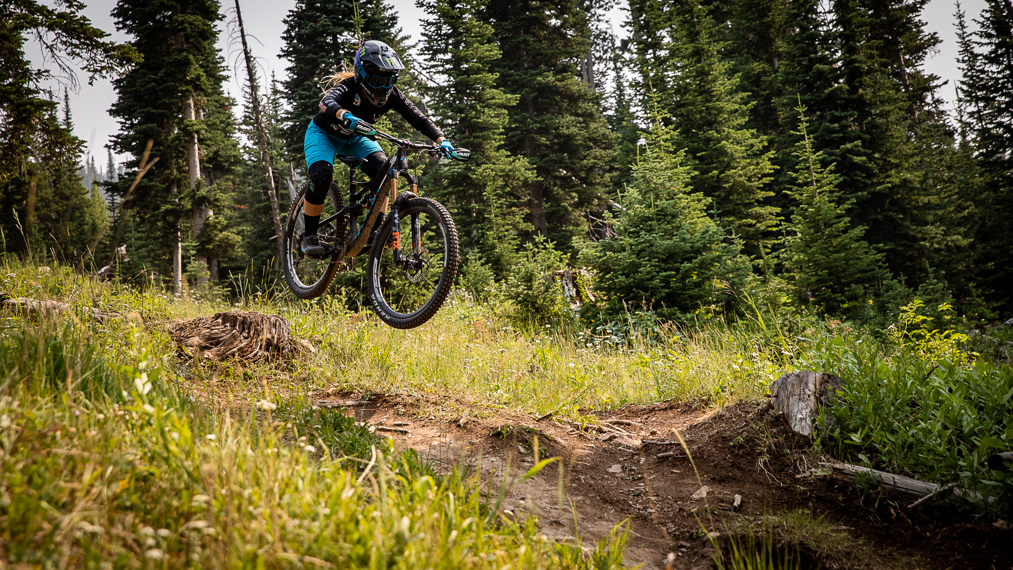 KHS Pro MTB rider Nik Nestoroff on track for a practice run at the 2nd round of the Big Sky Montana Enduro series.
