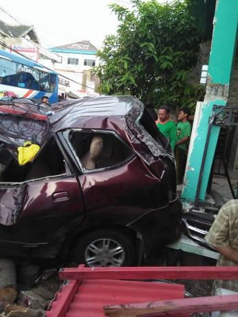 kecelakaan 3 terduga perampok tewas di paciran lamongan hari rabu 11 mei 2016 (5)