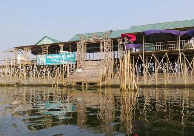 Đầm Chuồn Hội Quán. Photo: TongMai