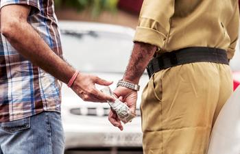 bribe'