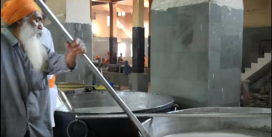 mega kitchens