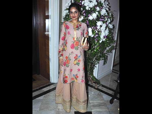 29-1446095500-maheka-mirpuris-fundraiser-fashion-show-for-cancer-patients-2015-khurki.net