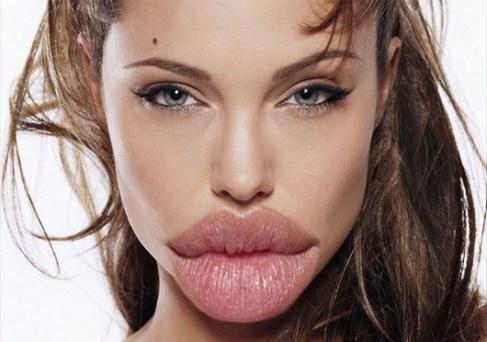 Angelina-Joile-with-Huge-Lips--40960