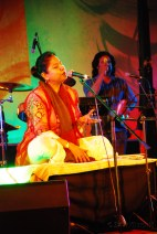 Zila Khan gets started with an amazing night of music