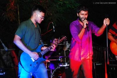 Left to Right: Sharan Subrahmanyam (Guitar), Aranya Sahay (Lead Vocals)