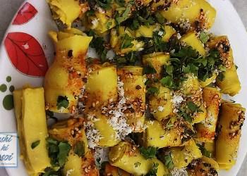 खांडवी कैसे बनाते है ?   How to Make Delicious Khandvi at home
