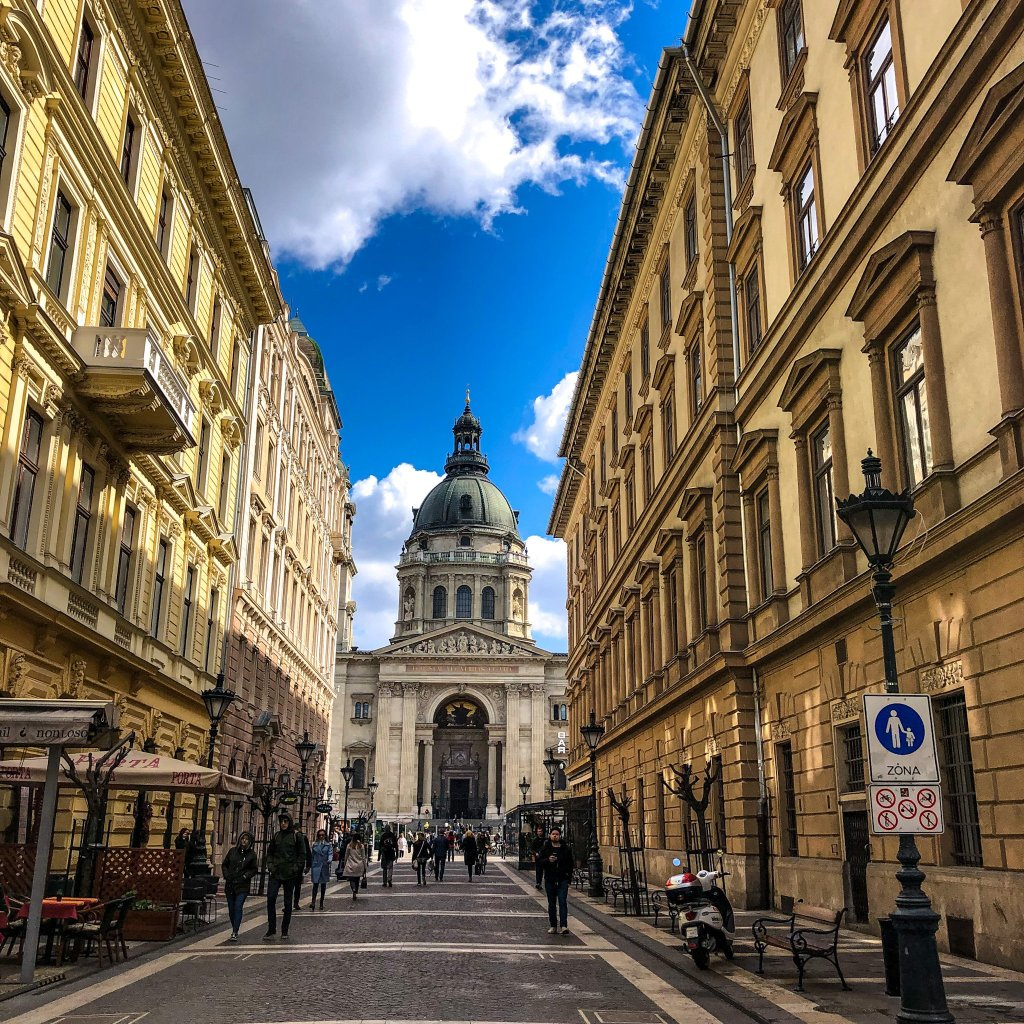 The iconic St Stephens basilica, thew top thing to do in every Budapest travel guide