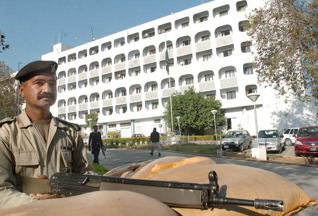 پاکستان د کنټرول لائن جنګ بندۍ په خلاف ورزۍ بهارت ته احتجاج کړي