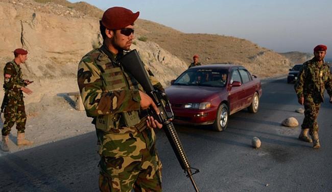 افغانستان کښې د ناټو په ځواکونو بريد، درې بهر ملکي فوجيان مړۀ | Khyber News