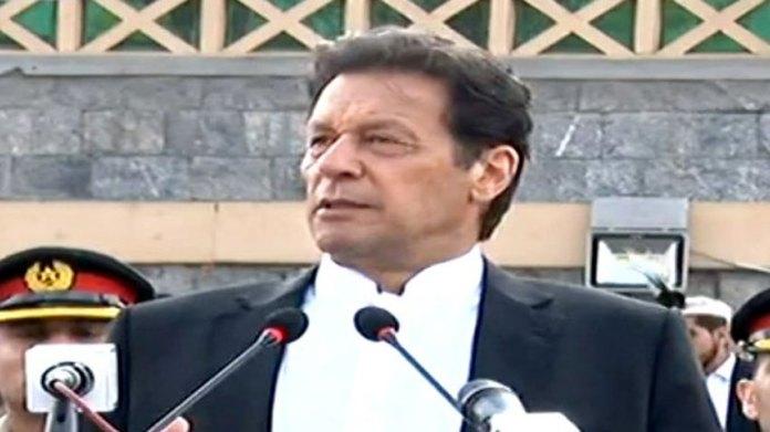بهارت مقبوضه کشمير کښې نهه لاکه خلق نظر بند کړيدي: وزير اعظم عمران خان