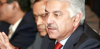 Khawaja Asif challenges larger bench formation in Iqama case
