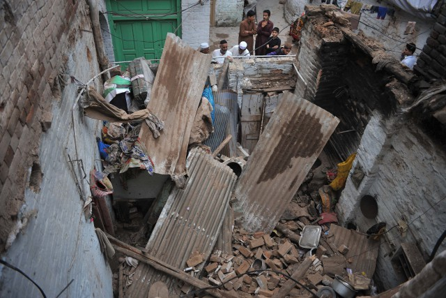 Four killed in roof collapse incident in Kasur