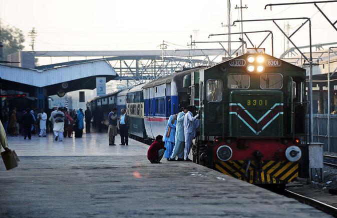 Pakistan Railways hikes fares for passenger trains