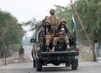 Security forces kill two suicide bombers in Bajaur Agency