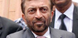 Consulting close aides over joining PTI: Farooq Sattar