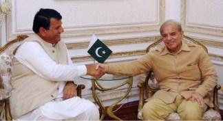 PM's Advisor Amir Muqam calls on CM Punjab